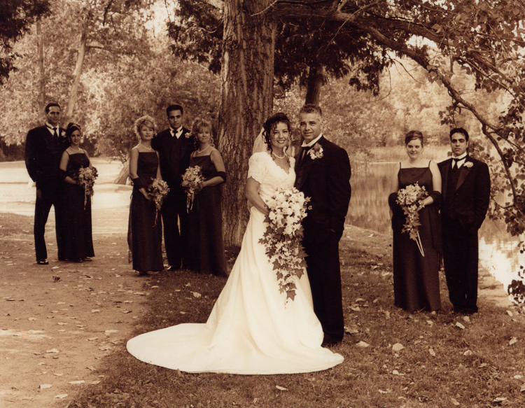 Sepia Bride - Black White Wedding Photography